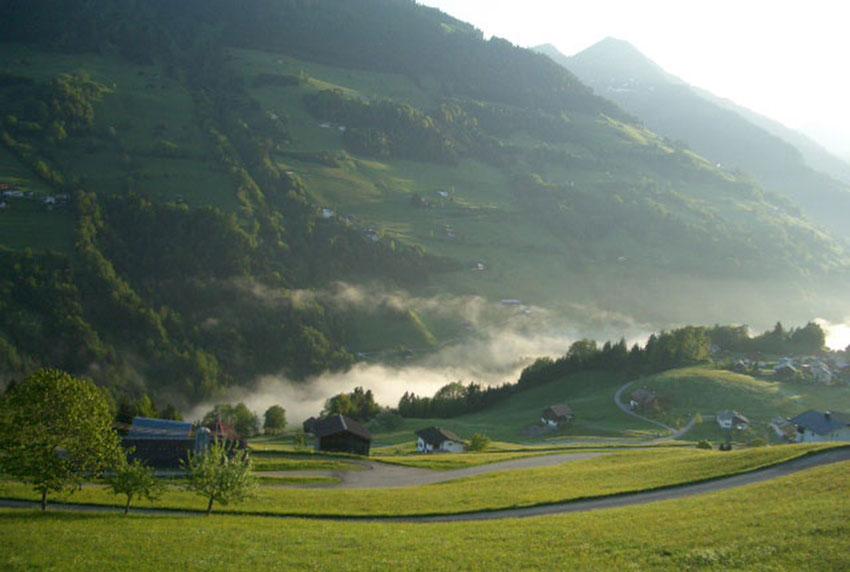 Ausztria-Liechtenstein-Svájc - június (5 nap) Irányár: 84.900 Ft/fő